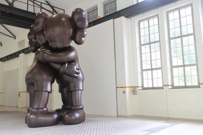 kaws-at-giswils-more-gallery-for-basel-week-switzerland-02