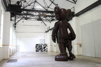kaws-at-giswils-more-gallery-for-basel-week-switzerland-10